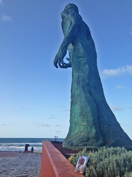 Gran Canaria - Estatua Alfredo Kraus