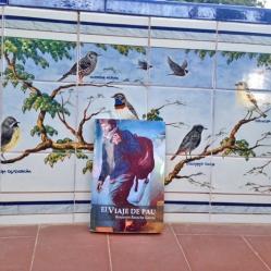 Admirando más mosaicos en Talavera. Foto: Ikram Barcala