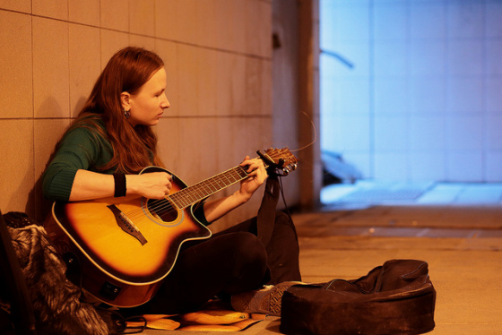 Street musician - Yuri Samoilov
