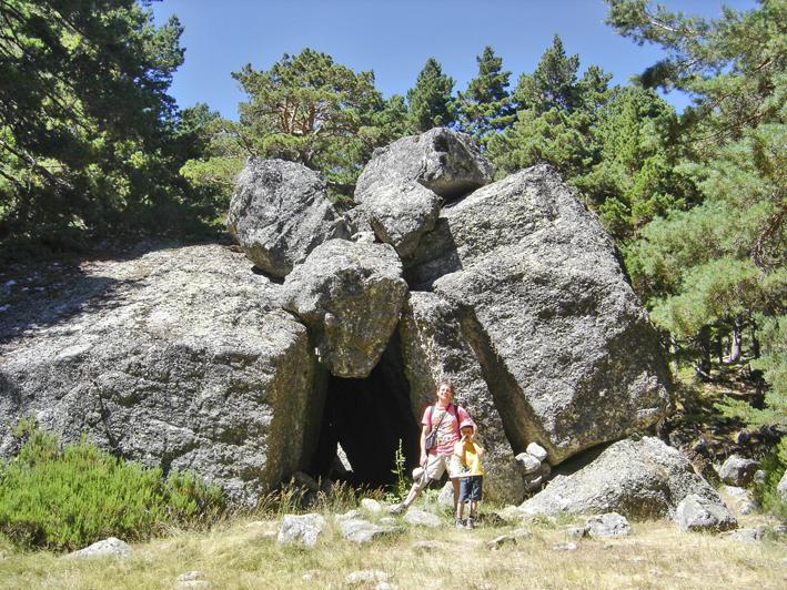 Lagunas de Neila - Cueva de los Potros