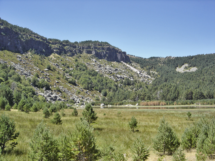 Lagunas de Neila - Laguna de la Cascada